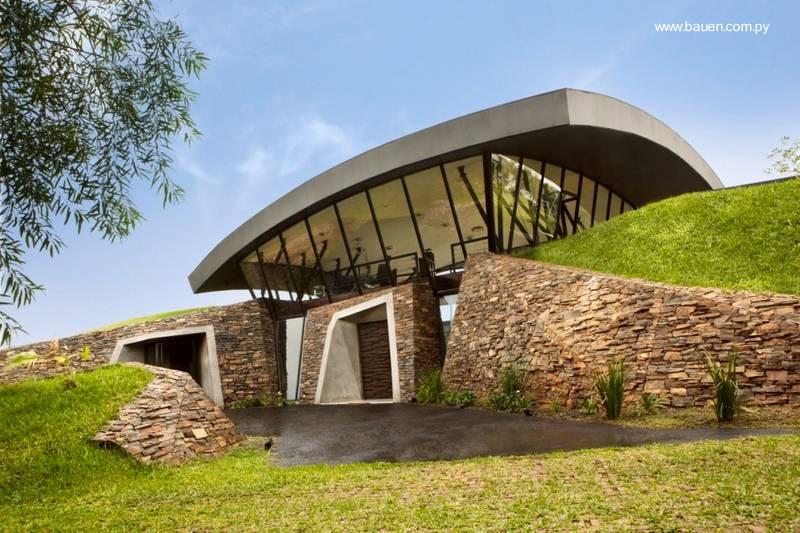 Arquitectura de casas dos casas modernas en paraguay for Arquitectura moderna casas