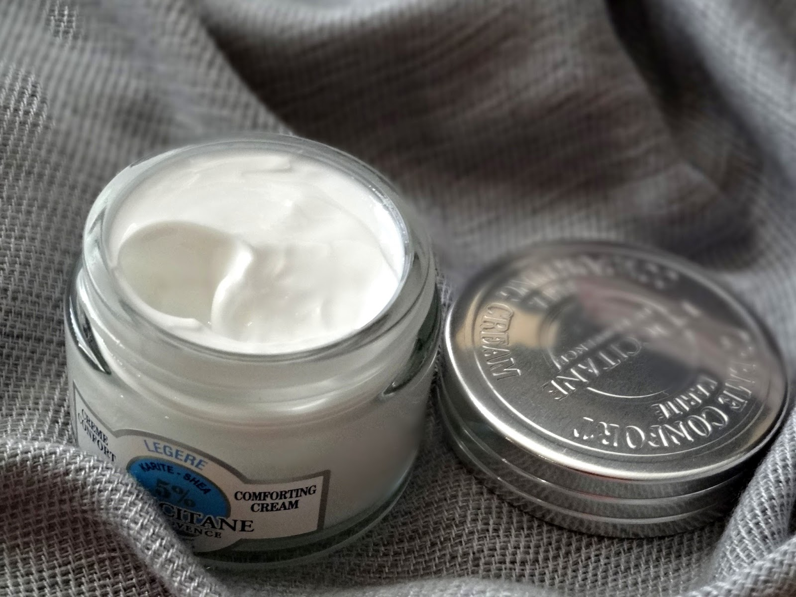 L'Occitane Shea Butter Light Comforting Cream Review, Photos