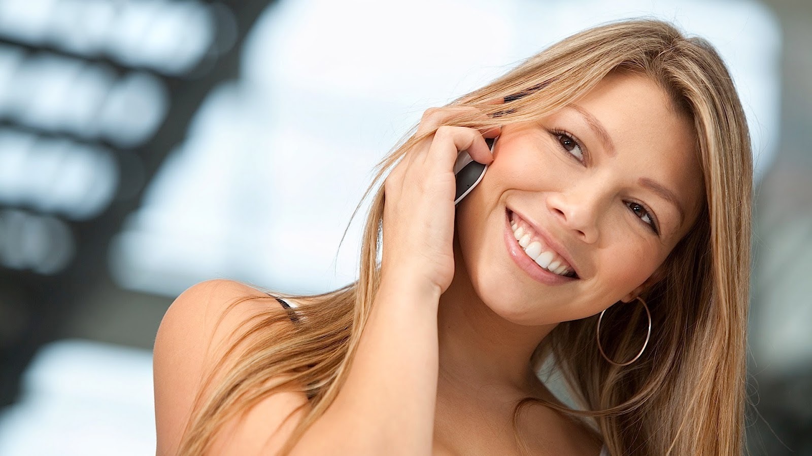 Can your Cell Phones cause Facial Acne?