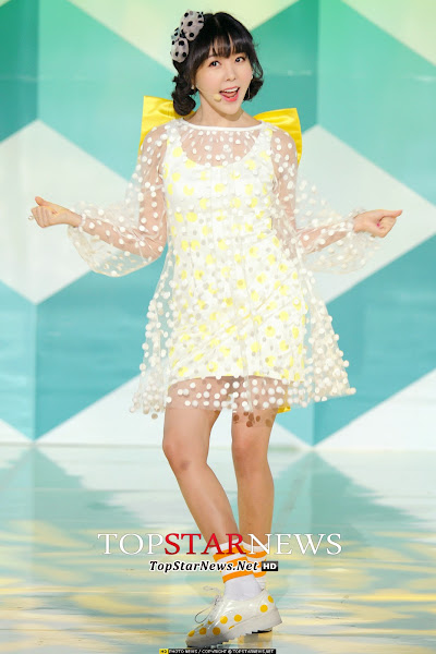 Orange Caramel Raina Catallena Live SBS MTV The Show 140318