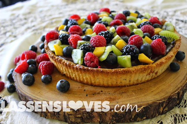 vegan+fruit+tart, gluten+free+dessert, chocolate+tart, mothers+day+desserts, healthy+dessert