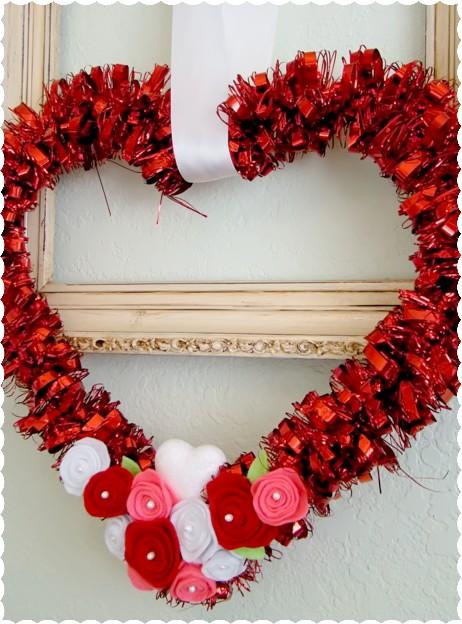 Alyssabeths Vintage Valentines Day Felt Rose Heart Wreath