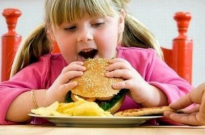 Bolehkan Anak Anda Mendapat Nutrisi Lengkap Hanya Daripada Makanan Sahaja??