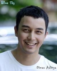 Aditya - Biodata dan Foto Aktor Tampan Indonesia | Saraung Blue Sky