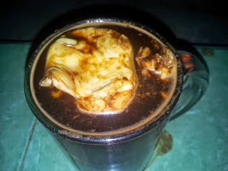 Makanan Khas Indonesia Daerah Lampung - kopi duren