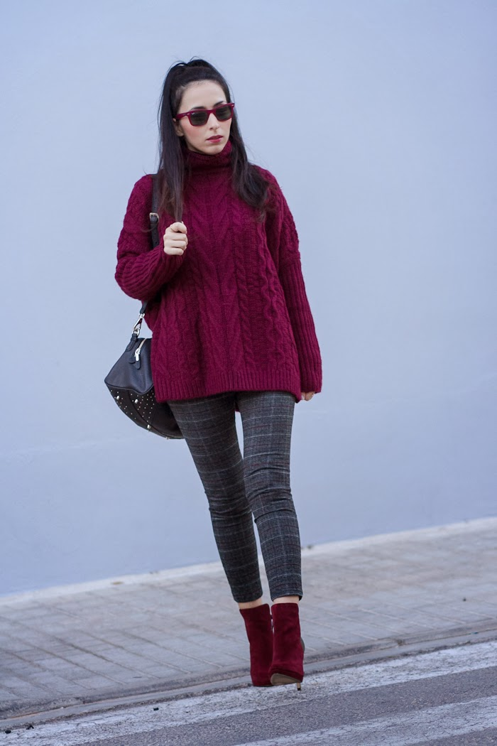 STREETSTYLE BURGUNDY KNITTED SWEATER and CROP PLAID PANTS