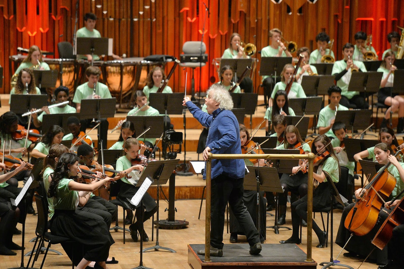 Sir Simon Rattle rehearsing with the Young Orchestra for London in the Barbican Hall as part of the Berliner Philharmoniker London Residency, 12 February 2015. Credit Mark Allen Barbican