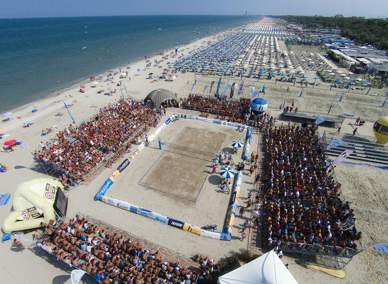 Beach tennis\