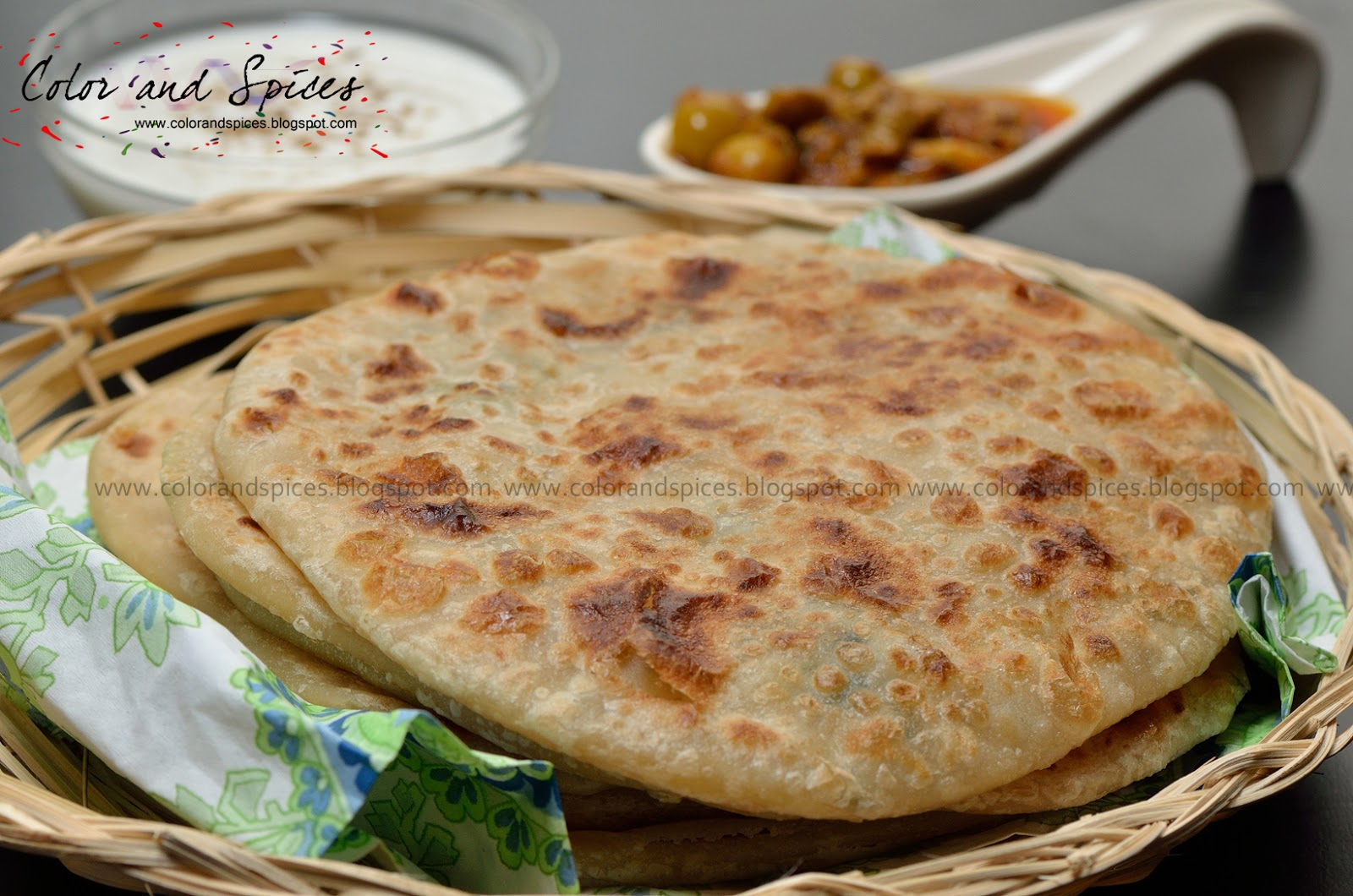 how to make chilli paratha