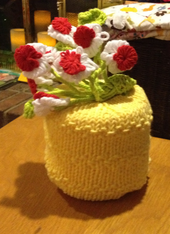 The Warden\'s Log: VINTAGE BIRTHDAY KNITTING - THE FINALE