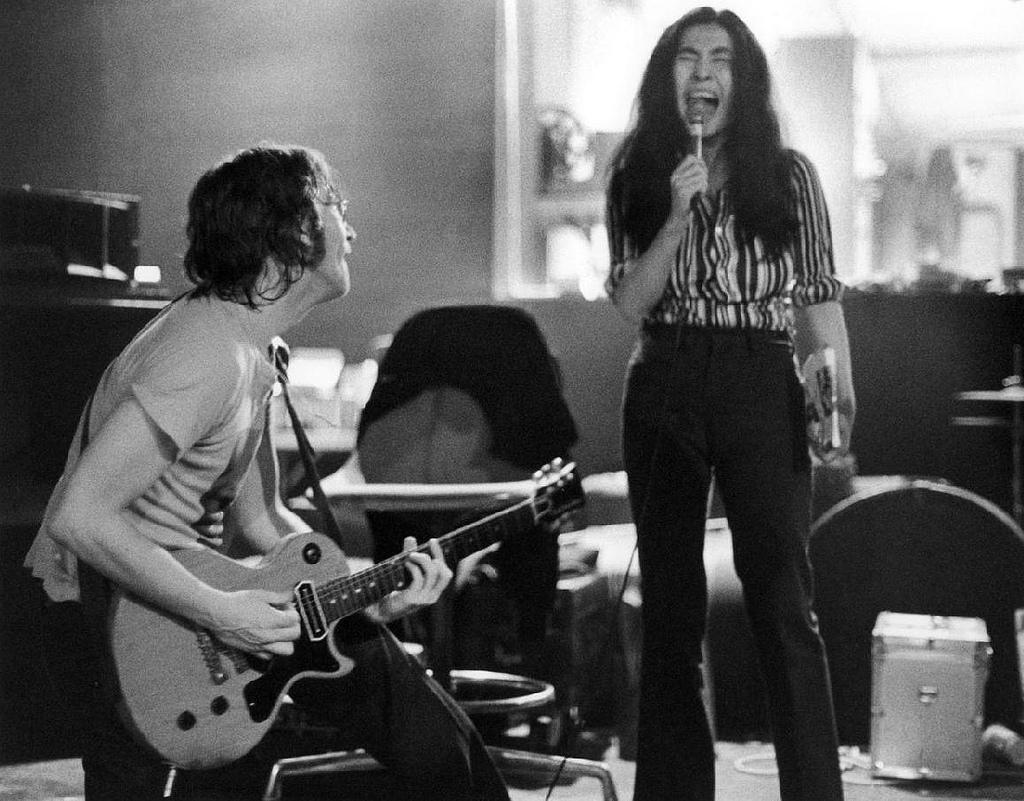 John+Lennon+And... John Lennon 1972