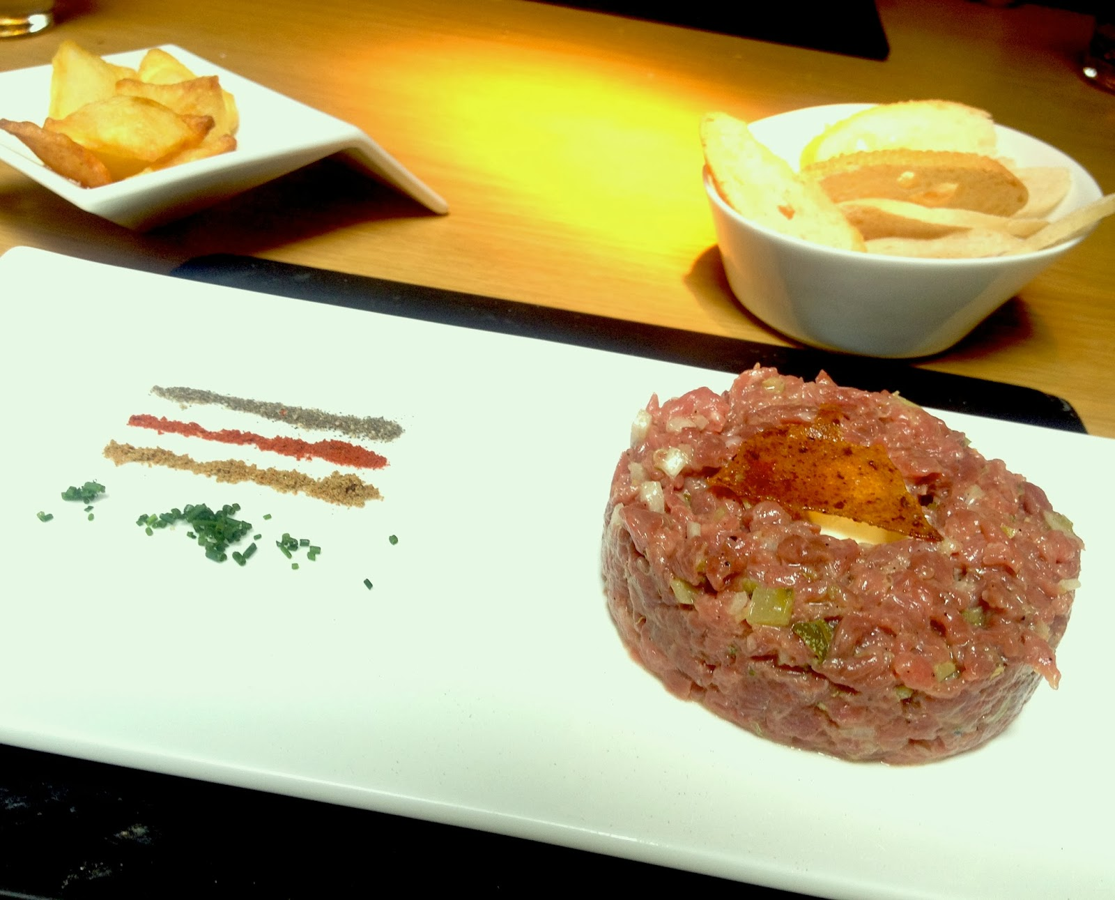 Come y cuenta restaurantes roca bar hotel omm for Roca bar barcelona