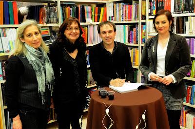 Firma de libros en la Librería Jap de Zaragoza