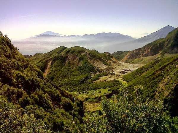 Gunung Ppandayan - tempat wisata alam di garut