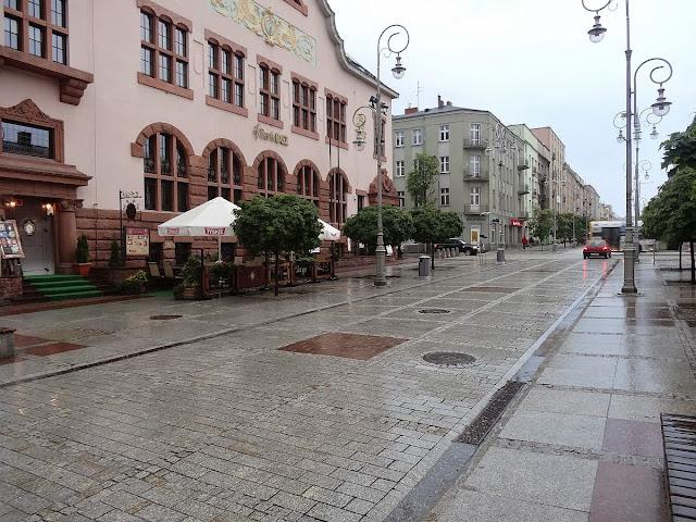Sienkiewka w deszczu