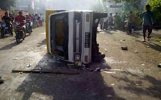 Foto Kerusuhan Sumbawa