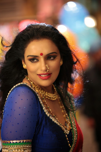 Shweta Menon Hot Photos From Sri Lakshmi Kiran HD