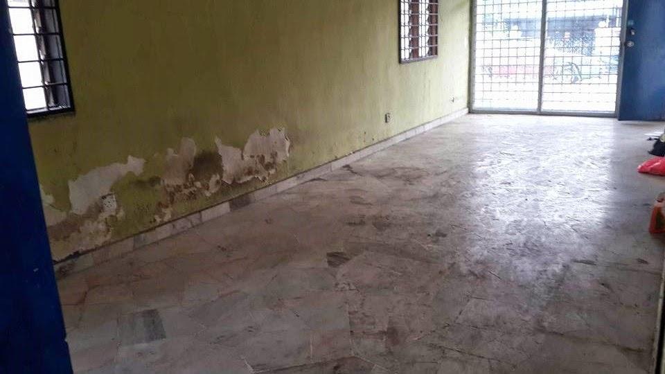 dinding terkopek