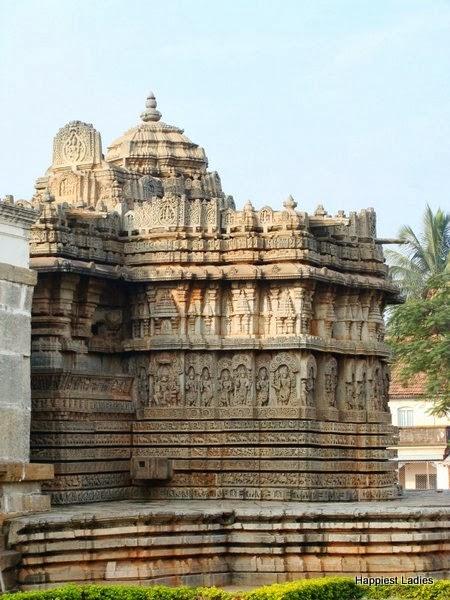LakshmiNarayana Temple Hosaholalu