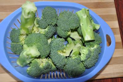 Cream of Broccoli Soup Recipe by www.dish-away.com