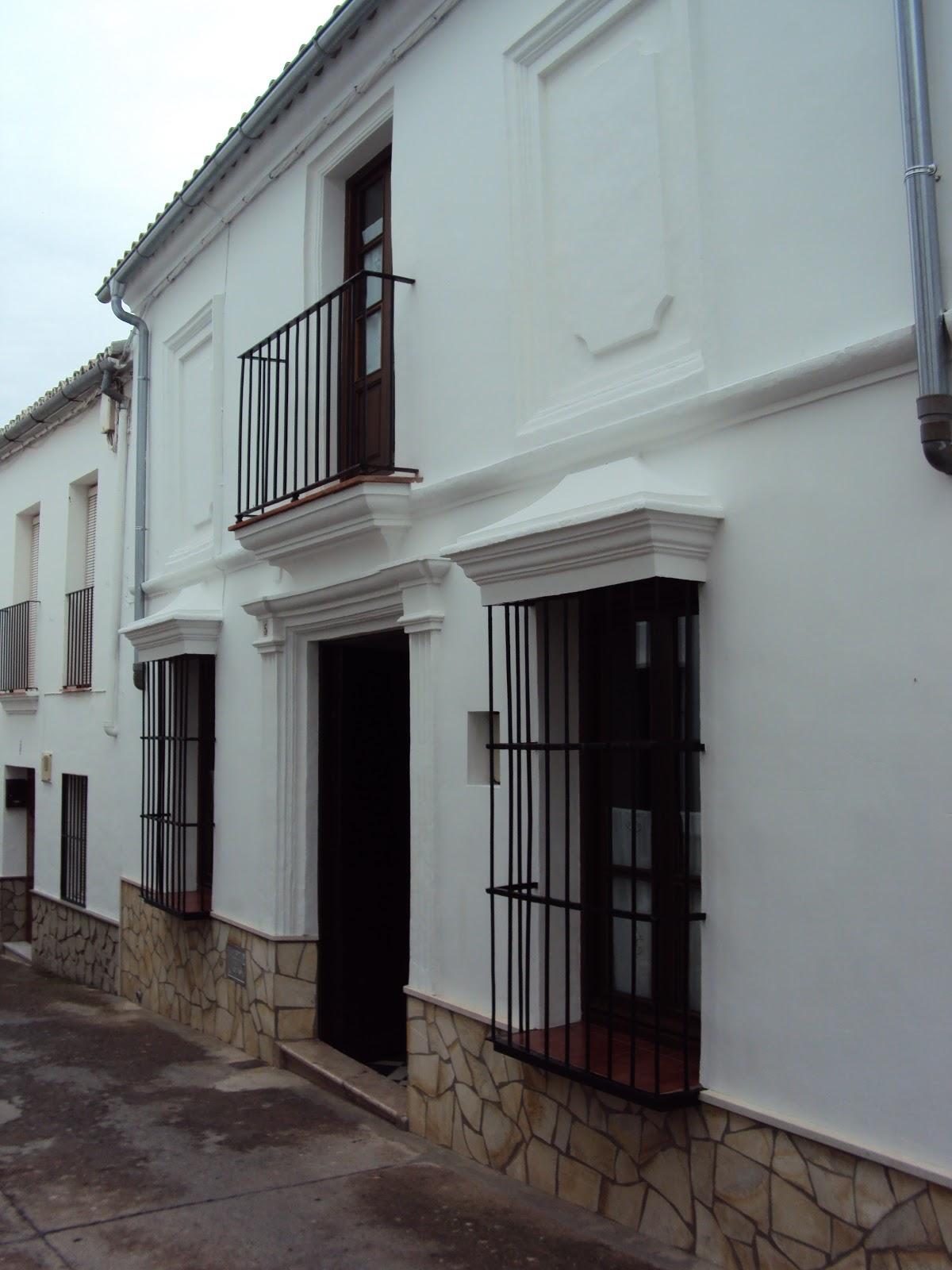 Bibliolibre los pueblos blancos de andaluc a el gastor for Fotos de fachadas de casas andaluzas