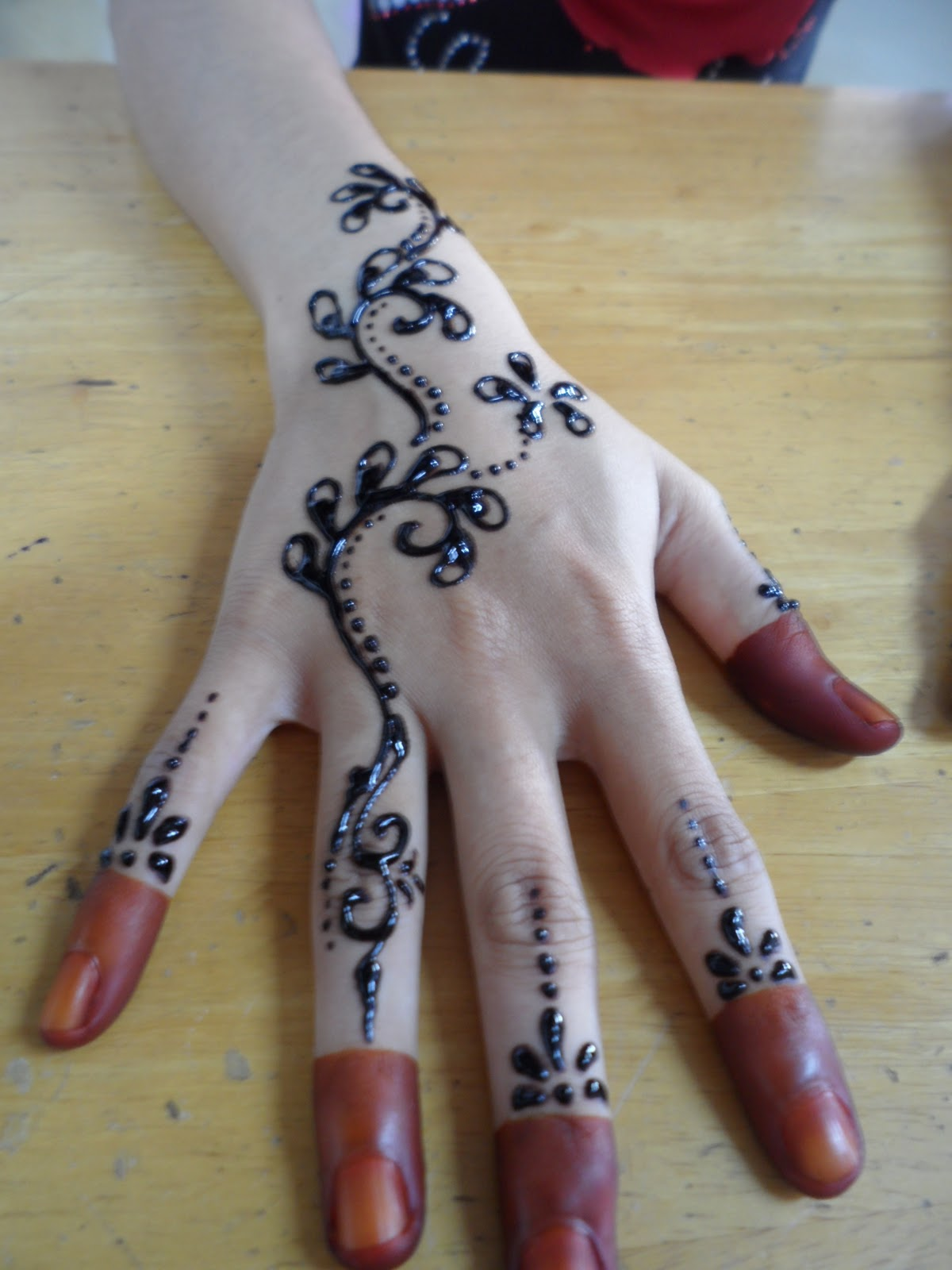 FreeLance Make Up Artist Inai Pernikahan Safura 121111