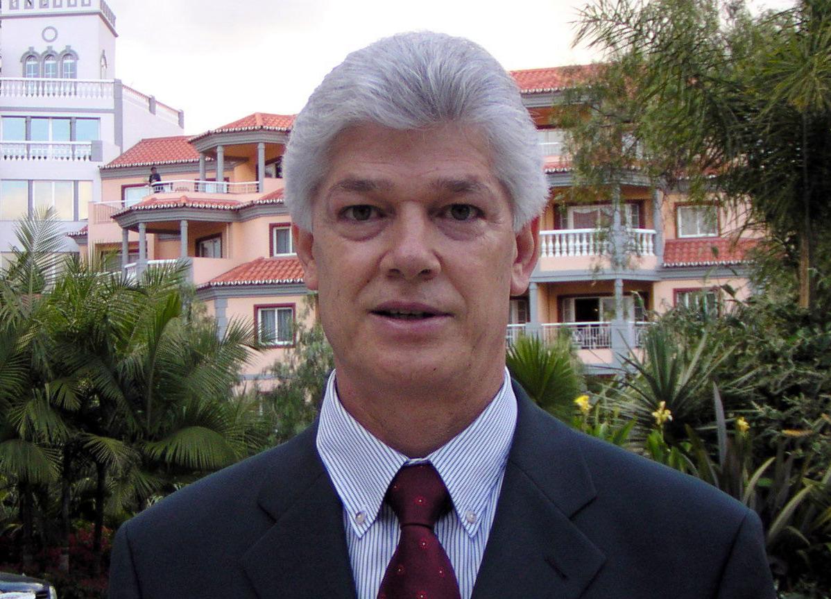 Biografias da Madeira Carlos Alberto Silva