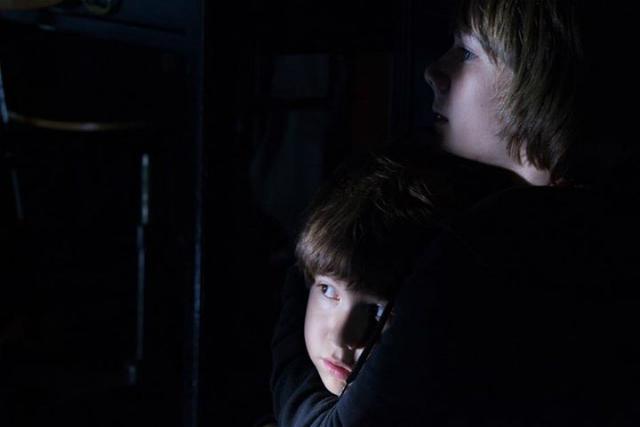 """Imágenes de la película """"Dark Skies"""""""