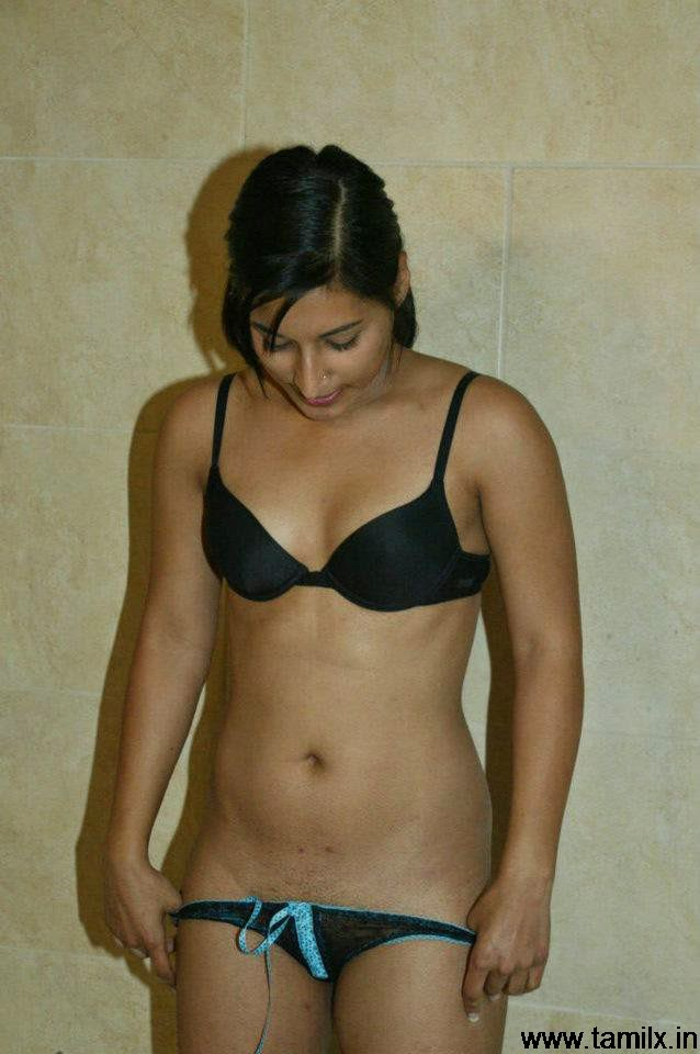 Women In Bathroom Without Clothes Xx 58