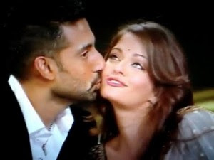 Aishwarya Rai Hot Kissing Photos Images Wallpapers
