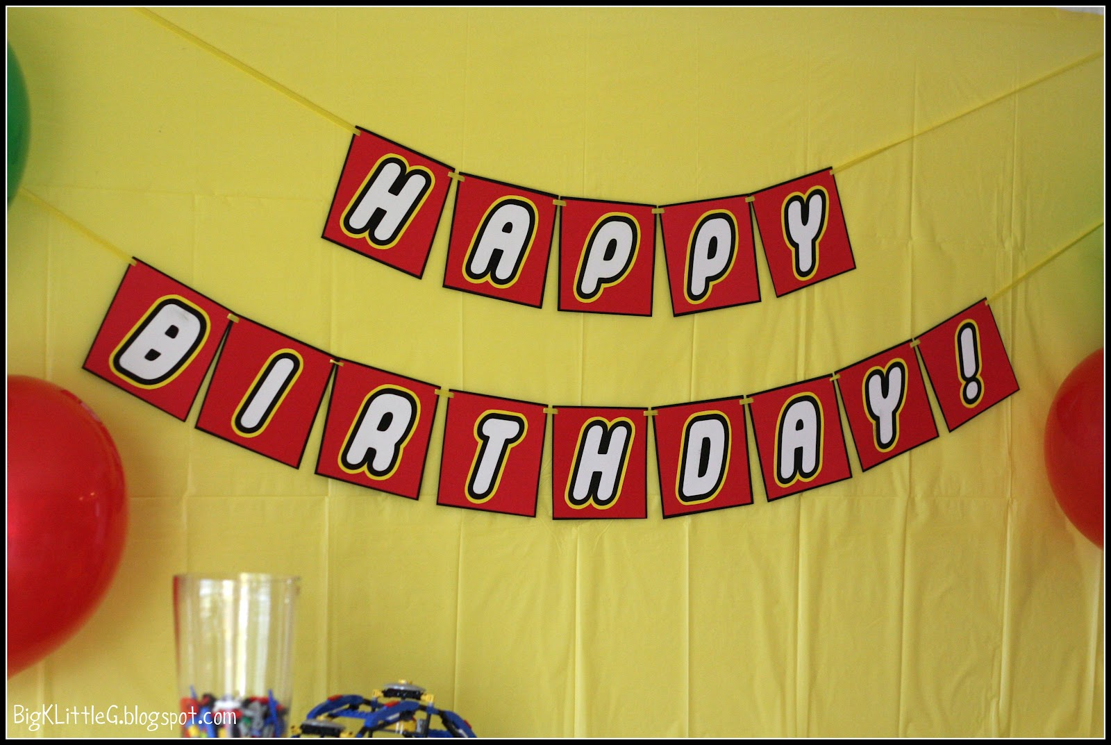 picture regarding Lego Party Printable named Massive K Minimal G: Lego Celebration Totally free Printable Banner
