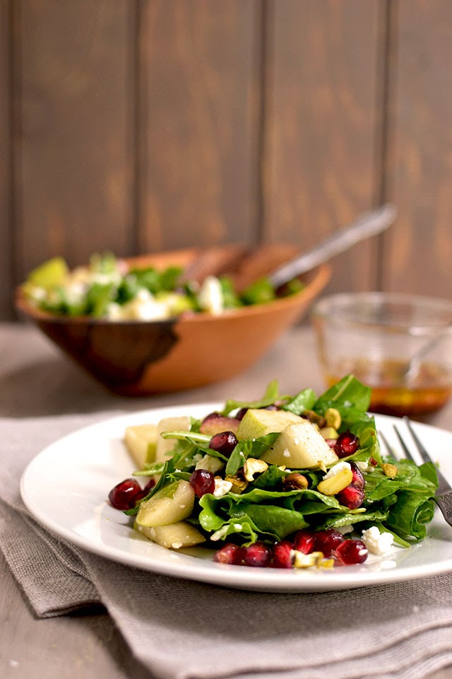 Arugula, Pear & Goat Cheese Salad