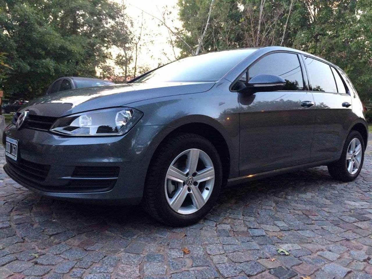 VW Golf Trendline 1.6 16V 2016 - Rodas Dover