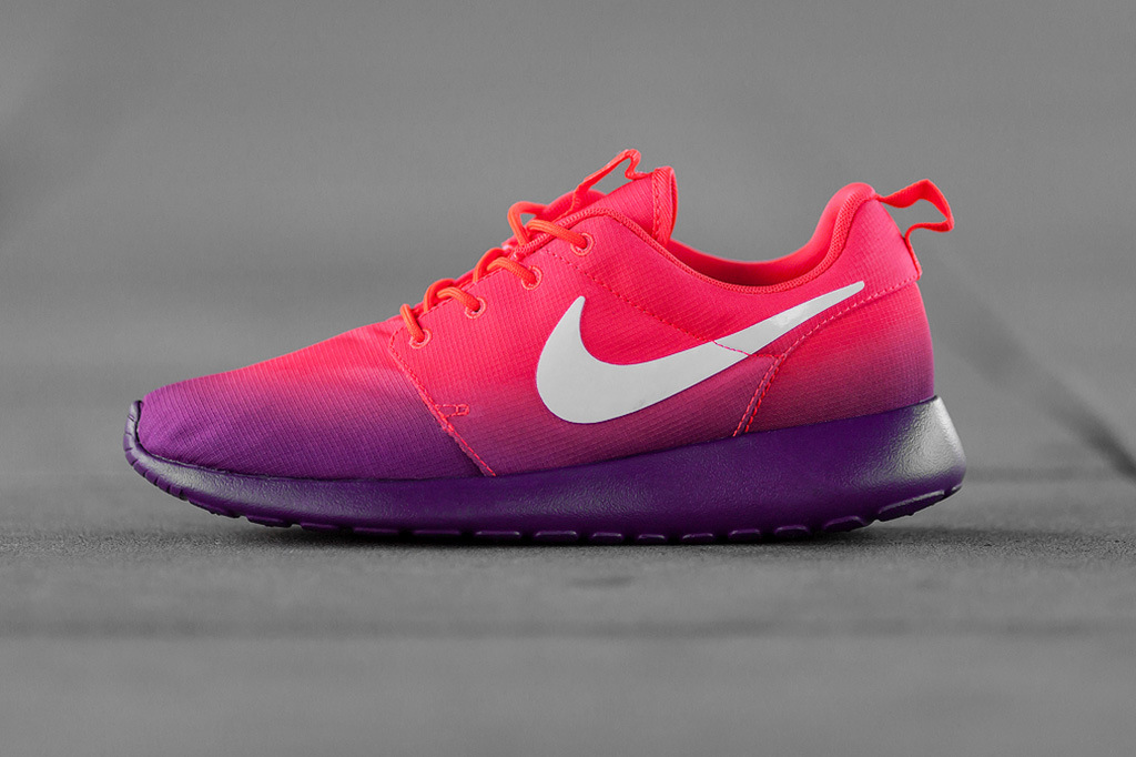 Nike Roshe Run Marble   Challenge Red   SneakerNews