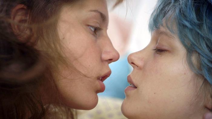 Каннский кинофестиваль выиграл фильм «Синий — самый теплый цвет»