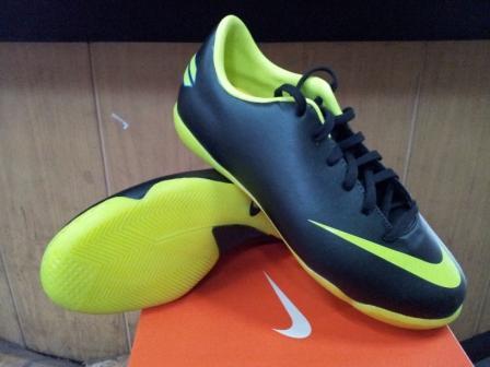Sepatu Futsal Anak Nike Mercurial Victory III Black Volt