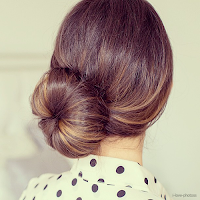 http://girlwiththe-pearls.tumblr.com/post/54707219701/coffeee-e-great-rosy-blog-here