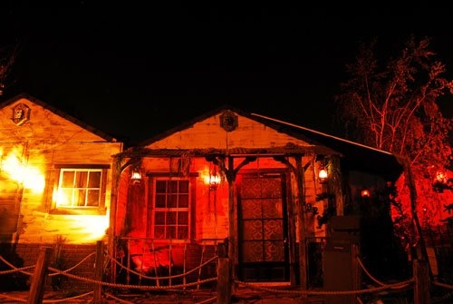 Scary Halloween Haunted House Ideas Daily Pictures