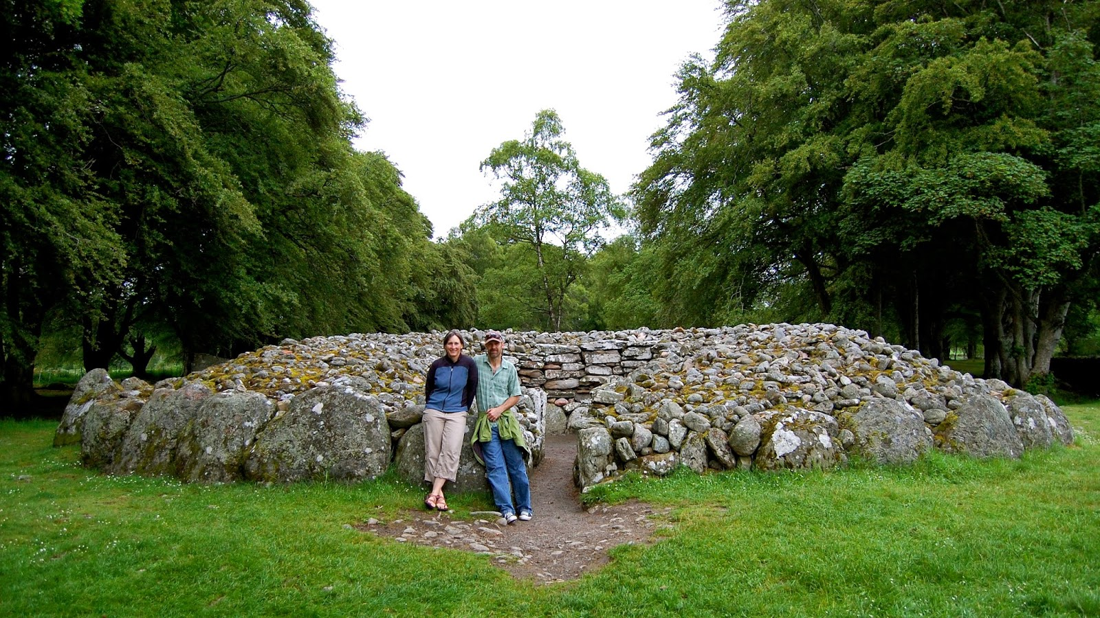Exploring the Clava Cairns
