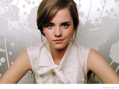 Emma Watson Lingerie Wallpapers