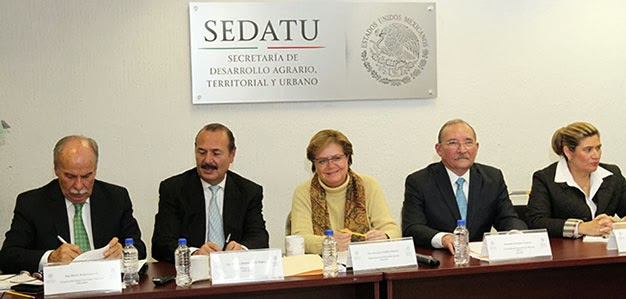 Firma de convenio entre SEDATU y SAGARPA