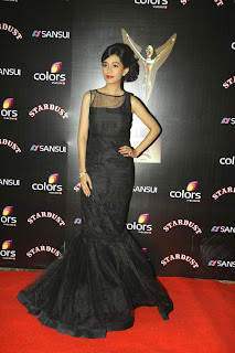 Amrita Rao in Beautiful black Gown at Sansui Colrs Stardust Awards 2014 Must See