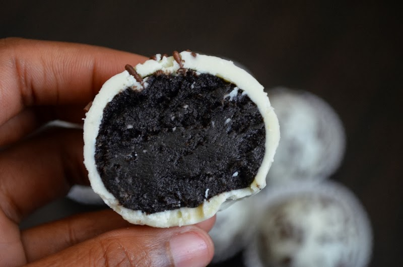 For the Love of Dessert: No Bake Oreo Truffles