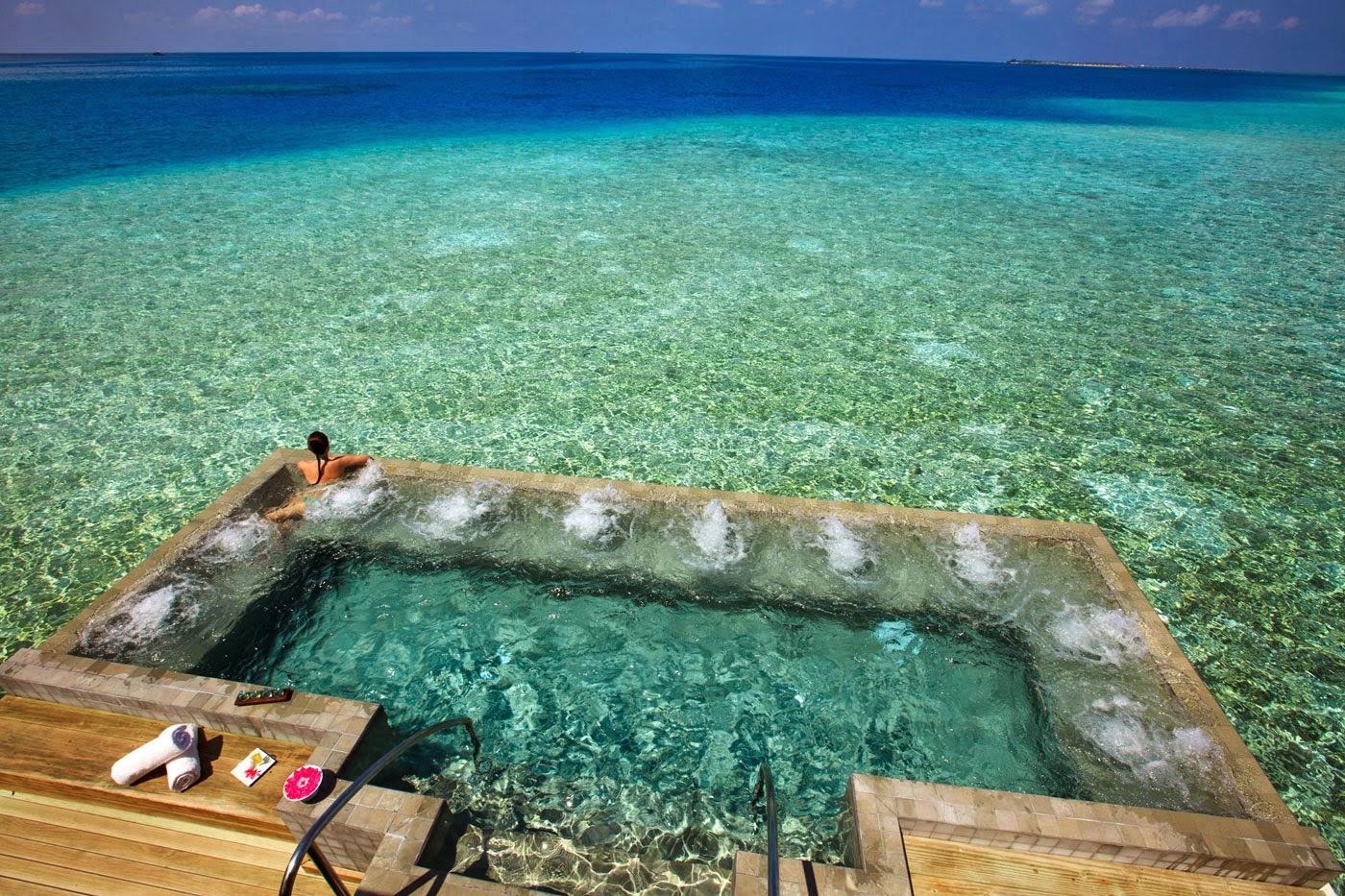 TripAdvisor Cites Velassaru Maldives Among 14 Extraordinary Hotel Pools