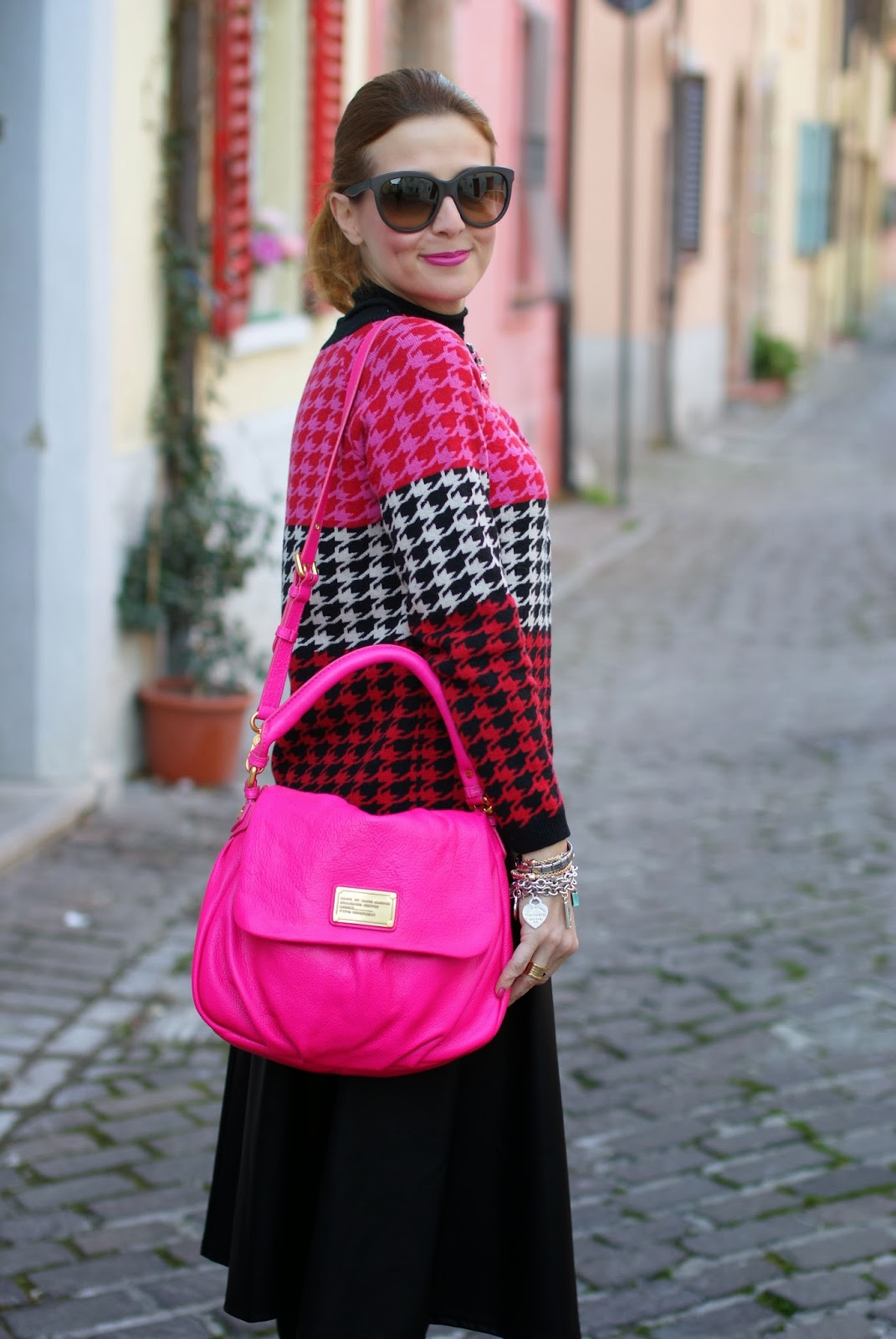 Marc by Marc Jacobs lil ukita pink bag, pied de poule cardigan, fashion and cookies, fashion blogger