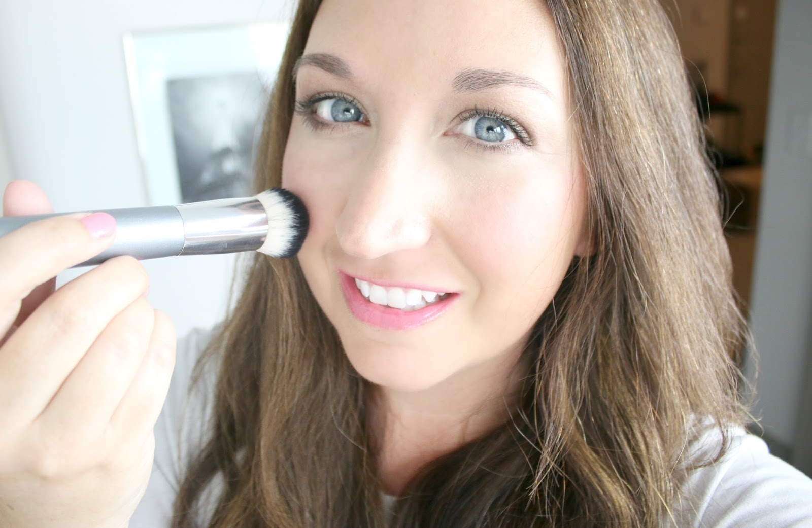 How To: Naturallooking Full Coverage Makeup In 5 Minutes How To:  Naturallooking Full Coverage