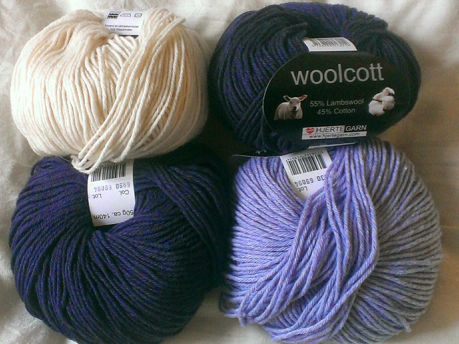 Miss Chaela Boo - Crochet jumper woolcott yarn