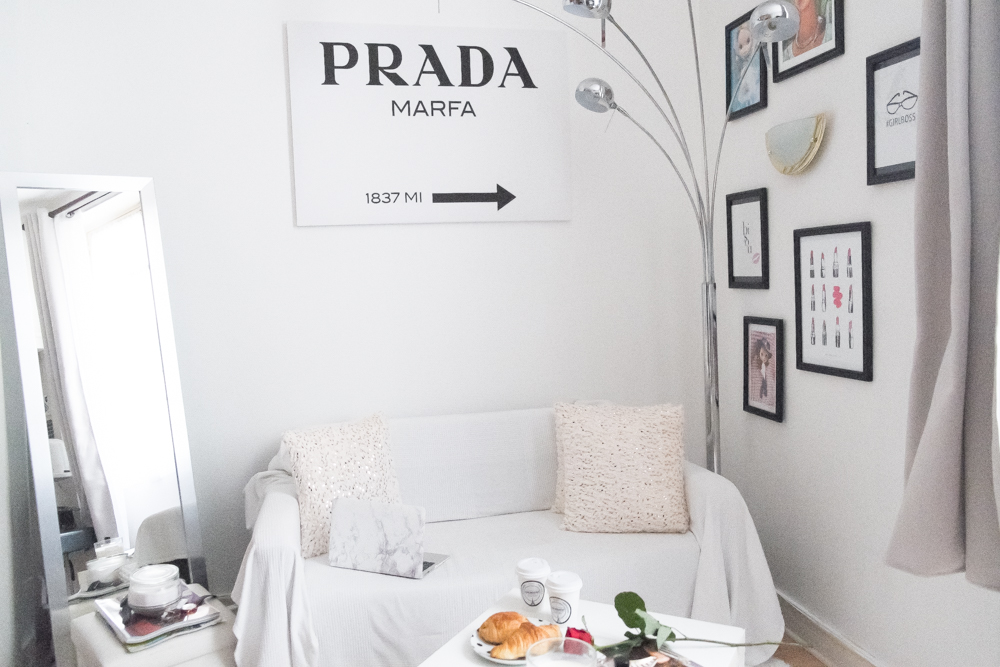 Interior designer, Parisian apartments, Blogger, Meet me in paree