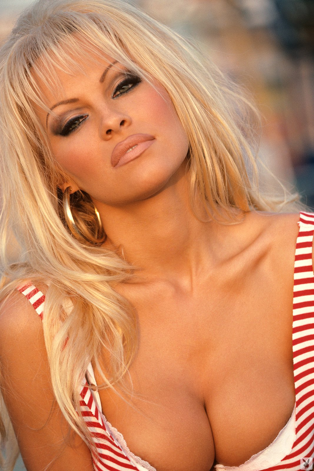 pamela anderson u0026 39 s sexiest photos  top 10 poems on life