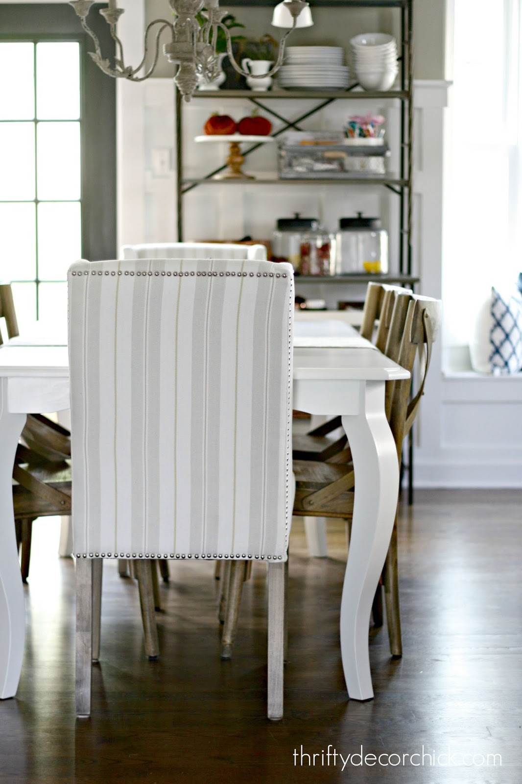 Kitchen Table Paint How To Paint A Kitchen Table From Thrifty Decor Chick